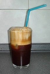 This frappe recipe has something unique and at the same time brings up a Greek cultural element that many people are not aware of.