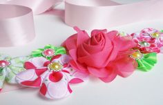 PINK CUTENESS!! by Marija on Etsy https://www.etsy.com/treasury/MTgwNTk2NjZ8MjcyNzIzOTg5OA/frozen-icy?ref=pr_treasury