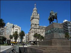 Salve Palace.   Cheap Hostels in #Montevideo #Uruguay #backpackers http://www.hostelinsouthamerica.com/hostels-in-montevideo …