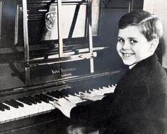 Elton John childhood photo  http://celebrity-childhood-photos.tumblr.com/