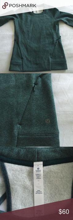 lululemon Fleece Sweatshirt Super cute lululemon sweatshirt. Has two zip pockets in the front and cutouts in the back. The fleece is incredibly soft and so comfy! It's brand new and has never been worn. NWOT lululemon athletica Tops Sweatshirts & Hoodies