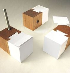 pen and post it note holder