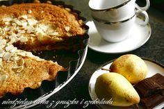 Migdalowa tarta z gruszkami i czekolada