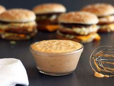 McDonald's Special Sauce (Big Mac Sauce) Get the best McDonald's Big Mac Sauce recipe on the ORIGINAL copycat recipe website! Todd Wilbur shows you how to easily duplicate the taste of famous foods at home for less money than eating out. Sauce Big Tasty, Mcdonald's Big Mac Sauce Recipe, Sauce Recipes, Cooking Recipes, Big Mac Special Sauce Recipe, Homemade Big Mac Sauce, Pizza Recipes, Healthy Recipes, Recipes