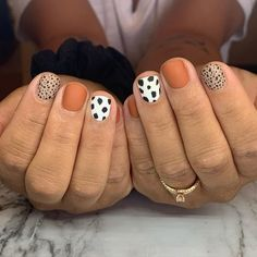 Nail Design Stiletto, Nail Design Glitter, Get Nails, Love Nails, Hair And Nails, Stylish Nails, Trendy Nails, Simple Acrylic Nails, Minimalist Nails