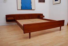 could DIY similar Mid Century Danish Modern Teak Platform Bed Mcm Furniture, Danish Furniture, Vintage Furniture, Furniture Design, Mid Century Modern Decor, Mid Century Modern Furniture, Mid Century Design, Danish Modern, Mid-century Modern