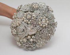 brooch bouquet, bridal bouquet, wedding bouquet, bridesmaids bouquet, wedding brooch, white wedding, wedding brooch bouquet