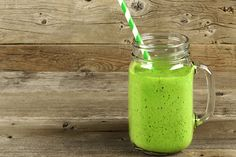 Green Teatox Smoothie: Detox with this smoothie recipe.