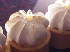 mini lemon meringue tarts Lemon Meringue Tart, Tarts, Minis, Garlic, Pudding, Vegetables, Desserts, Food, Mince Pies