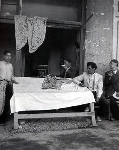 'Sangak bread in a bakery of Tehran, Iran' by Mahmoud Pakzad, 1958