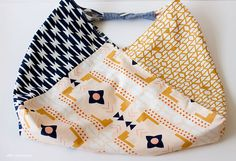 SEWING    ORIGAMI BENTO BAG TUTORIAL - Sew fun!! This could be on my MISSIONS page as well.