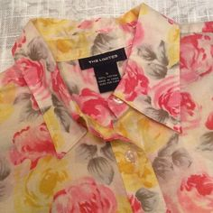 The Limited Floral Button Down 100% cotton, small and shear. I keep thinking I'm going to wear it but never do, so guess what - it's for sale! In great shape. The Limited Tops Button Down Shirts