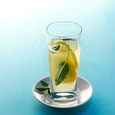 Salbei-Minz-Limonade Rezept - [ESSEN UND TRINKEN]