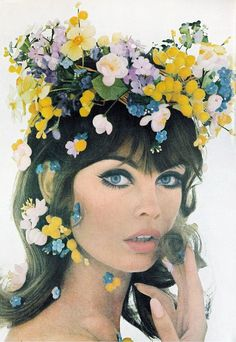 Jean Shrimpton Flowers, 1965 Vogue by Irving Penn Vintage Glam, Mode Vintage, Looks Vintage, Vintage Love, Vintage Beauty, Vintage Makeup, 60s Makeup, Vintage Floral, Funny Vintage