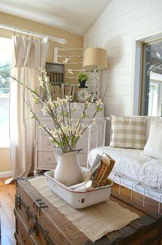 Awesome 46 Fabulous Farmhouse Living Room Decor Design Ideas.