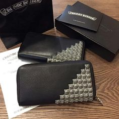 122209,Chrome Hearts Wallet
