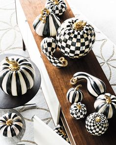 MacKenzie-Childs Courtly Stripe Great Pumpkin - Real Time - Diet, Exercise, Fitness, Finance You for Healthy articles ideas Diy Halloween Home Decor, Outdoor Halloween, Halloween House, Fall Home Decor, Holidays Halloween, Halloween Pumpkins, Halloween Crafts, Halloween Decorations, Modern Halloween