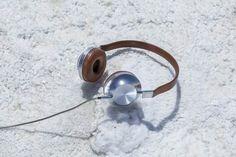 10 headphones de perder a cabeça!  -  High-Tech Girl       Headphones. VK1, da Aëdle