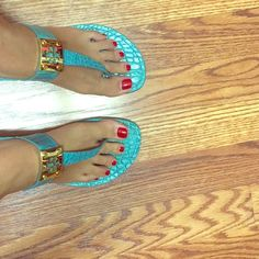 Final price Tory burch turquoise leather sandals Beautiful Pre loved turquoise 9.5 sandals. Signs of wear as pictured. No box or dust bag. Can add Tory burch gift packing upon request Final price can mail same day! Tory Burch Shoes Sandals