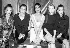 Kandydatki do tytułu Miss Seksu i Gracji w klubie Joker w Łazienkach Północnych, 1992 rok.