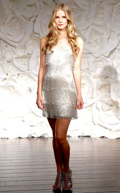Looking to host a vintage affair? This Naeem Khan creation looks like it was taken from the pages of The Great Gatsby!