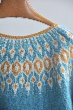 DIY: Knit Telja Pullover by Jennifer Steingass - Kiku Corner Fair Isle Knitting Patterns, Light Teal, Stockinette, Wool Yarn, Color Patterns, Free Pattern, Knit Crochet, Pullover, Sweaters