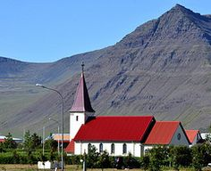 Flateyri churchFlateyri is a small village close to Isafjördur on the north-western Iceland