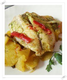 Chef & Quality: Dorada al horno con salsa verde Salsa Verde, Spanish Kitchen, Baked Potato, Pork, Potatoes, Chicken, Meat, Baking, Breakfast
