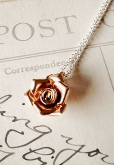 as someone with the name with Rose in it... and my love for rose gold and roses... i MUST have this!!!
