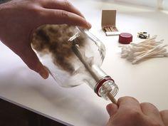 bouteilles peintes a la fumee par jim dangilian 1   Les bouteilles peintes à la fumée de Jim Dingilian   photo peinture Jim Dingilian image ...