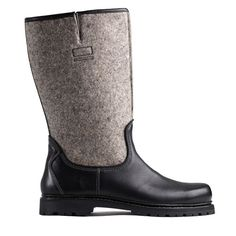 Der modische Filz-Herrenstiefel der Marke Haferl® vereint eine klassische Form mit hochwertigen Materialien. Die Traditionsmarke legt höchsten Wert auf qualitative Handarbeit und das beste Leder: das gilt auch für den Herrenschuh Otto, der mit seinem Filzeinsatz besonders modisch ist. Der handgemachte Stiefel passt sich mit seinem hochwertigen Rindleder optimal an Ihren Fuß an und verleiht tollen Tragekomfort. Dieser Schuh ist ein Hit für jedes Winteroutfit! #Haferl #shoes