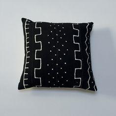 Black & White variations of Dot & Line / Natural Bark Cloth