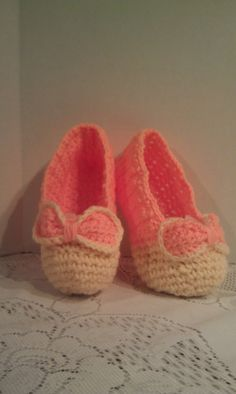 Peach slippers Cream SlippersCrocheted Slippers by JANSONESTOPSHOP, $22.00
