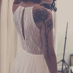 Wonderful Perfect Wedding Dress For The Bride Ideas. Ineffable Perfect Wedding Dress For The Bride Ideas. Tattoos For Women On Thigh, Tattoos For Women Half Sleeve, Shoulder Tattoos For Women, Female Leg Tattoos, Sleeve Tattoo Women, Back Tattoo Women Upper, Lace Sleeve Tattoos, Girl Leg Tattoos, Unique Tattoos For Women