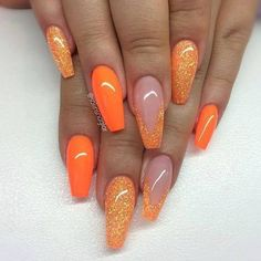 MERNUR hopes these 41 Gorgeous and Sexy Orange, Gold and Coral Acrylic Nails and Matte Nails Design You May Try this Season that can help you out. Sparkle Nails, Gold Nails, Matte Nails, Fun Nails, Matte Gold, Nail Art Designs, Orange Nail Designs, Acrylic Nail Designs, Nails Design