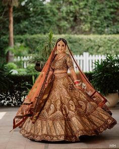 Indian Bridal Outfits, Indian Bridal Wear, Indian Designer Outfits, Bridal Lehenga Collection, Bollywood Dress, Modern Princess, Indian Gowns Dresses, Lehenga Designs, Bridal Hair Accessories