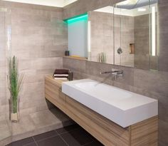 239 images succulentes de Salles De Bain Modernes en 2019   Restroom ...