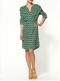 Nice dress for work. I like the yellow shoes paired with green print.