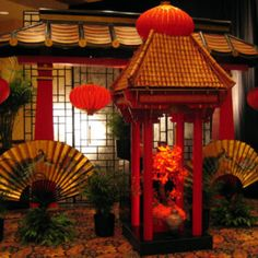 Chinese Party, Japanese Party, Chinese Theme, Chinese Wedding Decor, Chinese New Year Decorations, New Years Decorations, Dance Themes, Prom Themes, Asian Party Themes