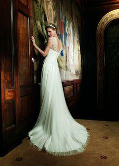 Ingrid by Raimon Bundo / Mirror Mirror Couture