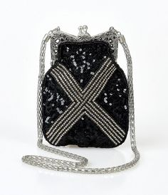 e63831415034fd Time to take names, gals! An opulent tribute to the vintage flapper  handbags of