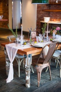 Intimate restaurant wedding | Romantic wedding ideas | 100 Layer Cake