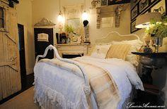 LaurieAnna's Vintage Home: Farmhouse Bedroom Reveal