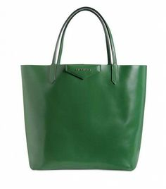 The 6 Bag Styles You Should Have In Your Closet: Tote Bag. Try ​Givenchy's Medium Antigona Shopping Tote ($1085)