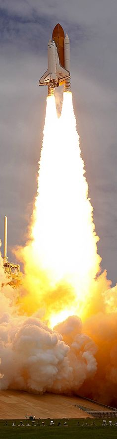 Space shuttle Atlantis launching - Imgur