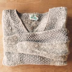 """Fall Sweater Perfect with some black leggings and a black leather handbag  (FABRIC- 55% Ramie 13% Rayon 9% Acrylic 5% Mohair 5% Nylon 4% Luster Wool) (MEASUREMENTS Bust *flat*- 19"""" Arm Length- 23"""" Length- 22"""") Hot Jazz Sweaters Crew & Scoop Necks"""
