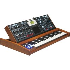 MoogVoyager Select Series