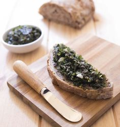 Dulse and Sea Lettuce Tartare with Dill Pickles Sea Weed Recipes, Raw Food Recipes, Seafood Recipes, Vegetarian Recipes, Healthy Recipes, Y Food, Food And Drink, Healthy Grains, Healthy Sugar