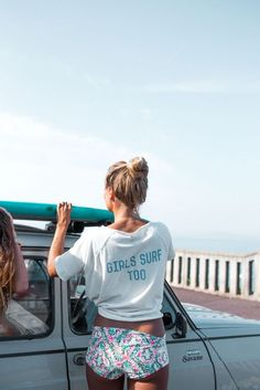 Girls surf too. www.taramtominaga.com Tara Tominaga | Art | Photography | Ocean