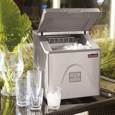Frontgate.com | Portable Ice Maker | Item 13894 | 299.00